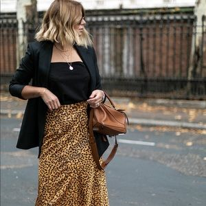 & Other Stories Leopard Midi Skirt NWT 0